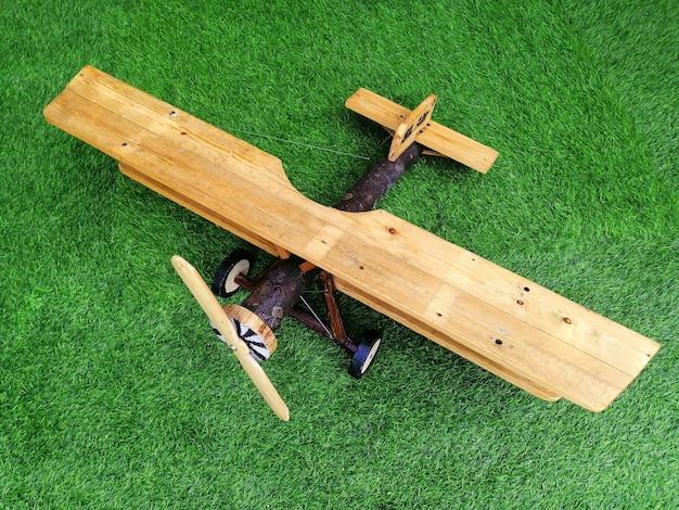 木製の鉋を作ります。ビジネスターゲットコンセプト