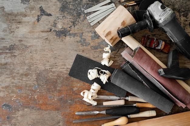 Набор искусных инструментов с копией пространства