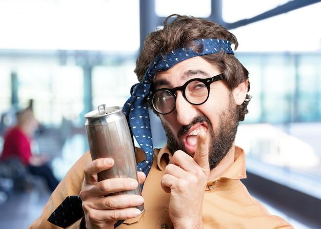Сумасшедший человек с beer.funny выражением