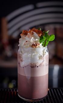 Cream cocoa