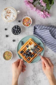 Disposizione creativa della colazione