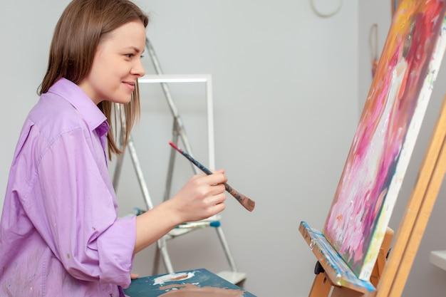 Творческий художник для рисования