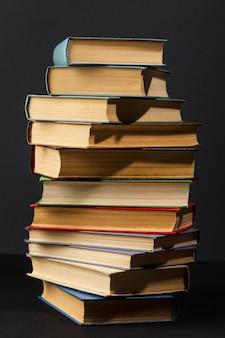 세계 도서의 날을위한 창의적인 구색