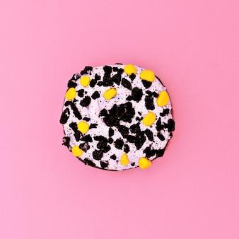 창의적인 도넛. steellife 패션 디자인 아트