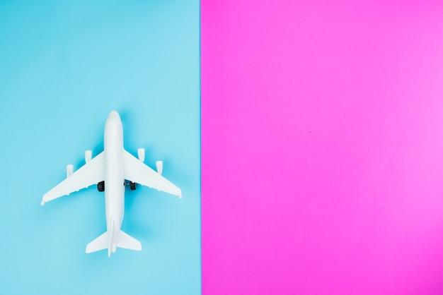 여행 컨셉 화려한 배경으로 창조적 인 플랫하다 패션 스타일