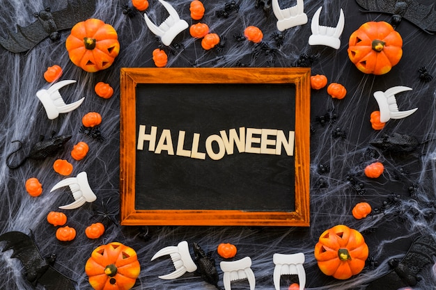 Creative halloween slate decoration