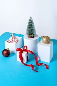 Creative minimal christmas decorations