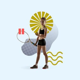 창의적인 스포츠와 기하학적 스타일. 행동에 테니스 선수, 파란색 배경에 모션입니다. 텍스트 또는 광고를 삽입할 음수 공간입니다. 현대적인 디자인. 현대적인 화려하고 밝은 아트 콜라주.