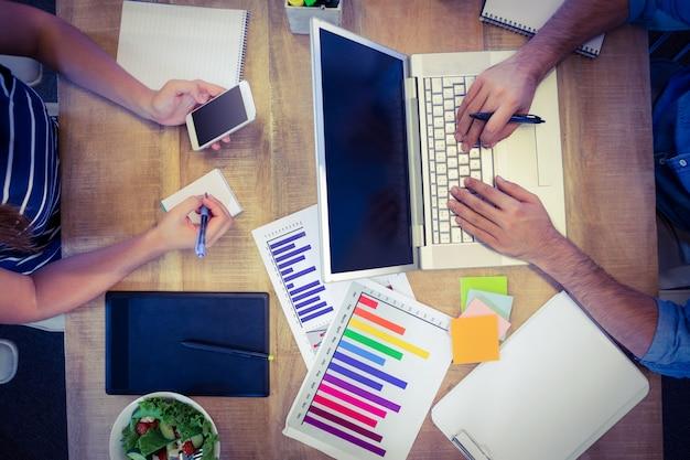 Рабочий стол для творческих работников