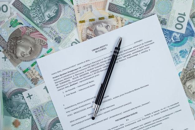 Credit agreement laying on the polish bills