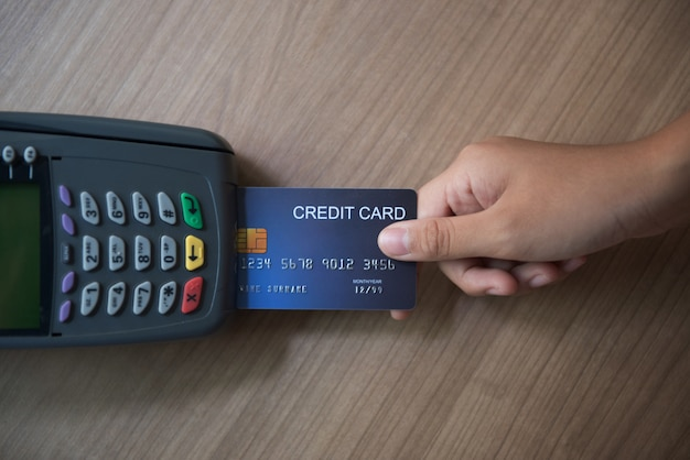 Credit card, credit card use, credit card payment