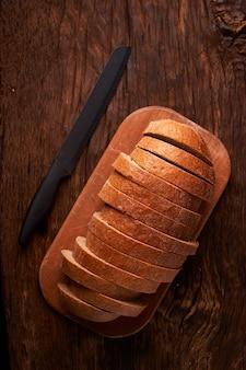 Свежий домашний хлеб. crisp.