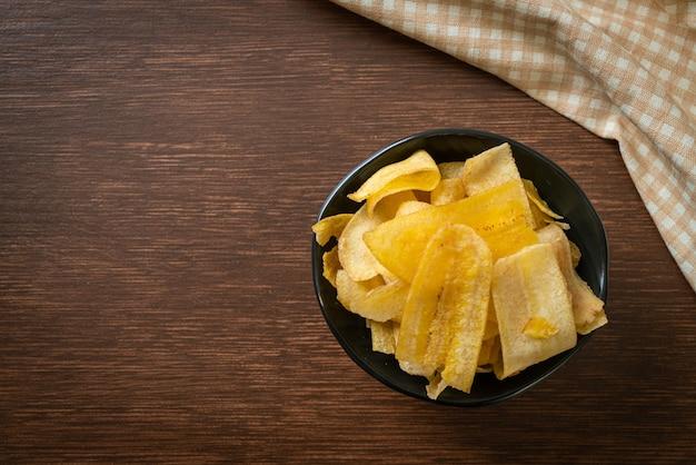 サクサクのバナナチップ-揚げたまたは焼いたスライスしたバナナ