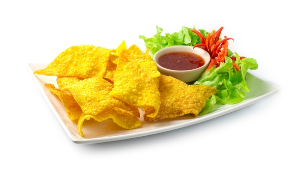 Crispy wonton with sweet dipping sauce appetizer