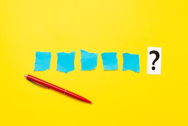 비판적 사고, 단서 찾기, 질문에 답하기, 데이터 수집, 논리적 아이디어 브레인스토밍, 정보 수집, 단어 게임, 사무용품 노트북 펜