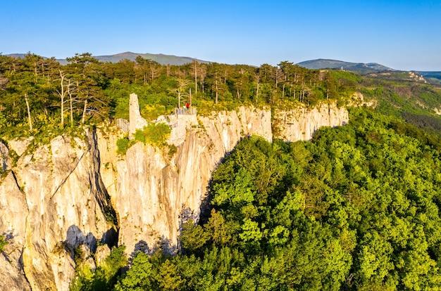 Crni kal castle of san sergio in slovenia