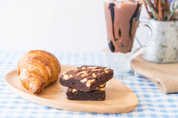 Croissant e brownie
