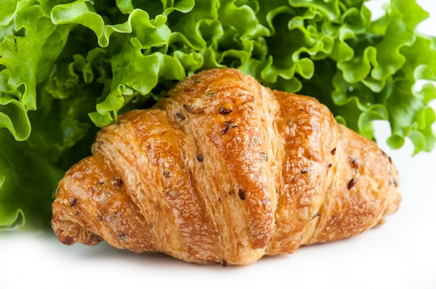 Croissant and green salad