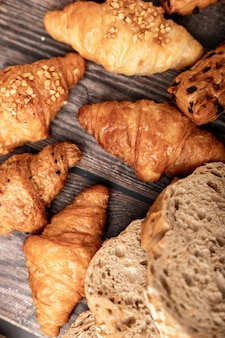 Croissant groups and bread