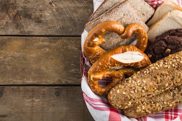 Crop basket with bread