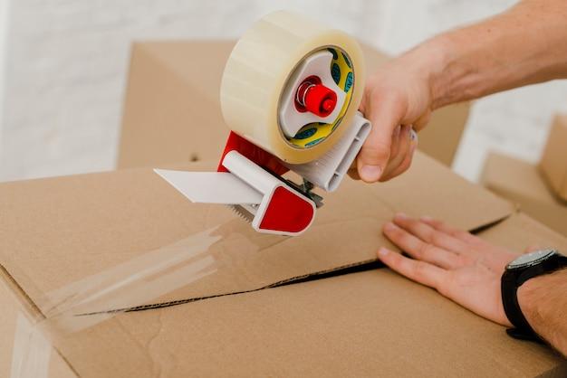 Crop hands sealing box