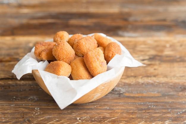 Croquettes типичный тапа в испании
