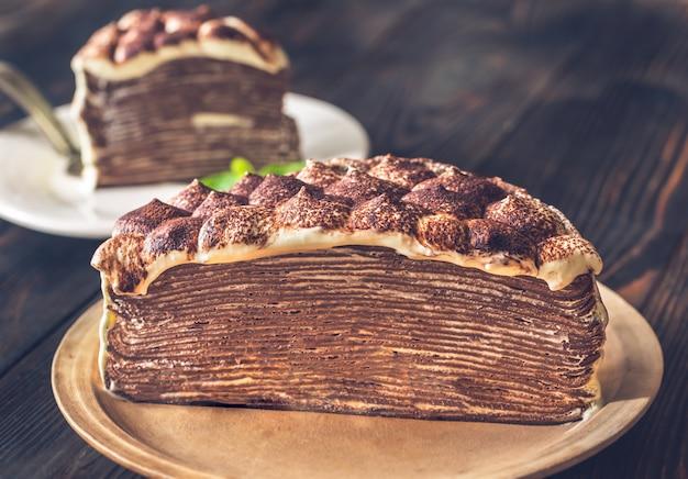 Поперечное сечение крупного плана тирамису креповый торт