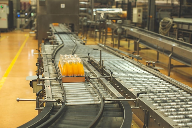 Crossing of the roller and conveyor beverage