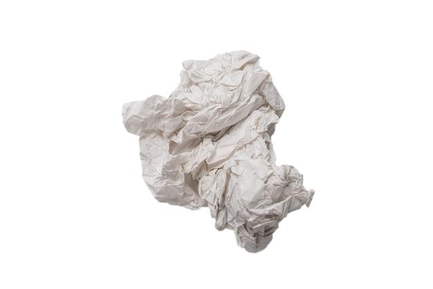 Мятой белой бумаги изолированные