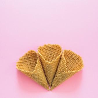 Crunchy waffle cones
