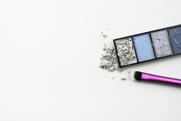 Crushed eye shadow with copy space