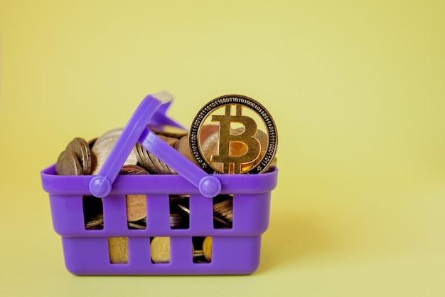 Концепция цифровых платежей криптовалюты, различные из серебра