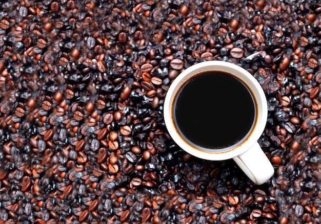 一杯のコーヒーのクローズアップ