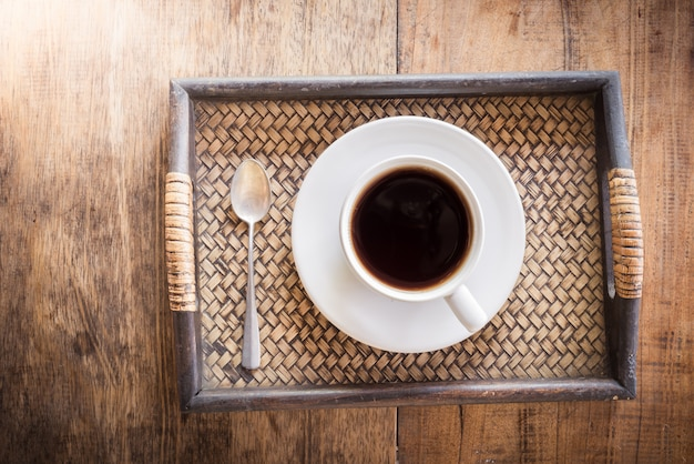 컵 커피 나무 테이블