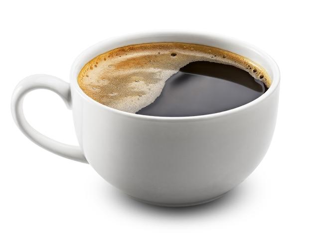 Чашка кофе над белой