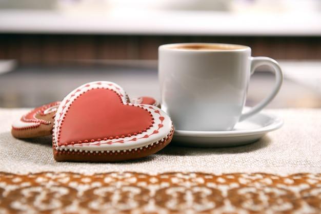쿠키와 커피 한잔