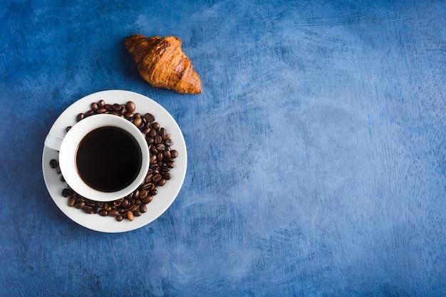 Чашка вкусного кофе