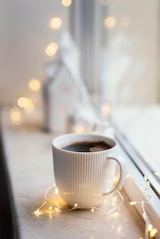 お茶とクッキーのカップ