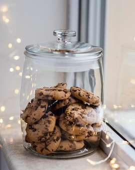 Tazza di tè e biscotti