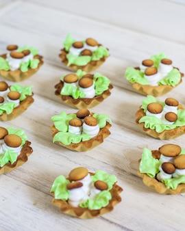 Cupcake basket with mushrooms decoration