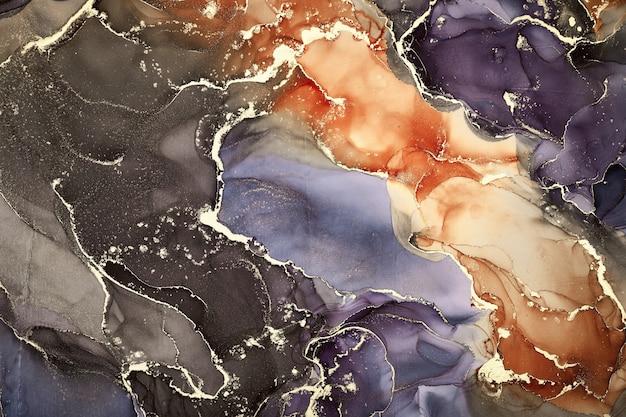 半透明色调的水流、蜿蜒的金属漩涡和泡沫般的色彩喷发塑造了这些自由流动的纹理自然奢华的抽象流体艺术绘画,采用酒精墨水技术