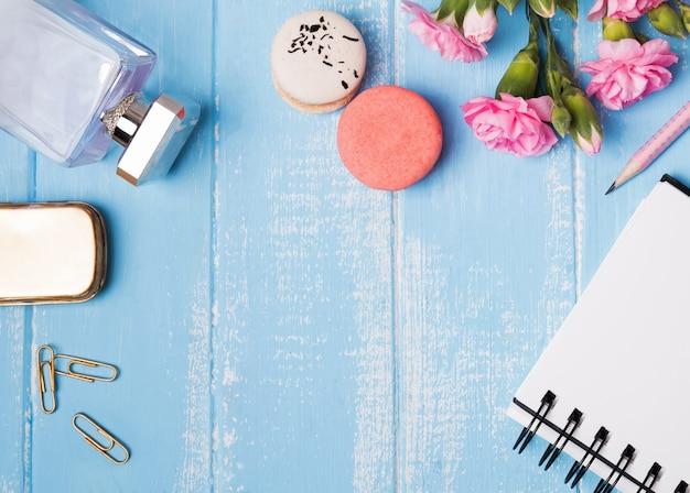 블루 테이블, 평면도에 귀여운 액세서리