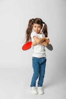 卓球のラケットとかわいい赤ちゃん