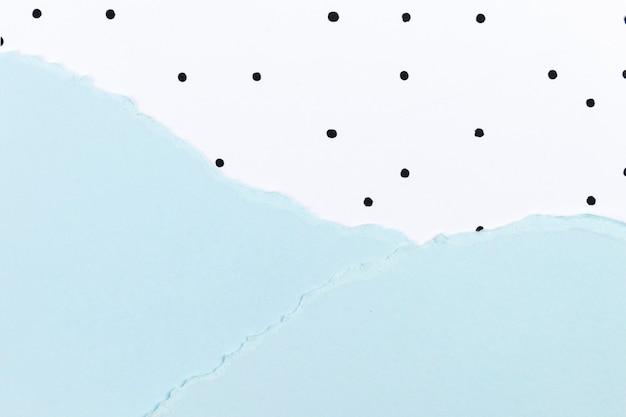 파란색 종이 콜라주와 물방울 무늬가 있는 귀여운 배경