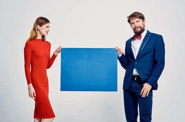 かわいい男と女のポスターポスターファッション広告スタジオ