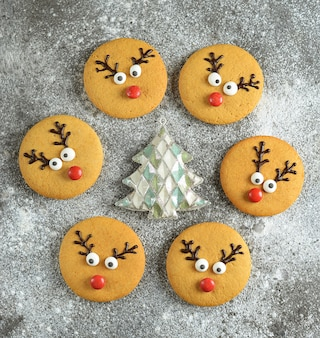 Симпатичные новогодние и рождественские пряники дед мороз