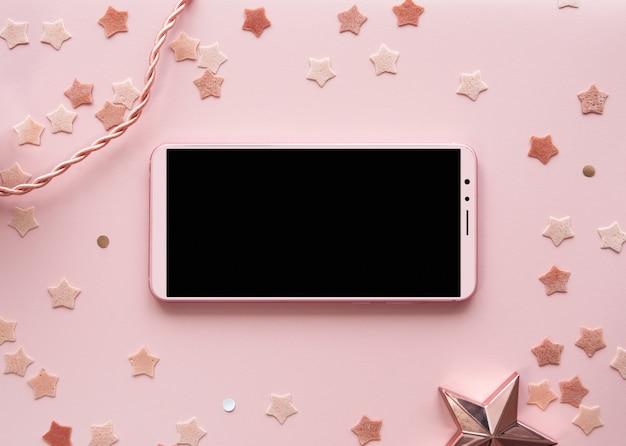 かわいいピンクの背景電話モックアップ水平