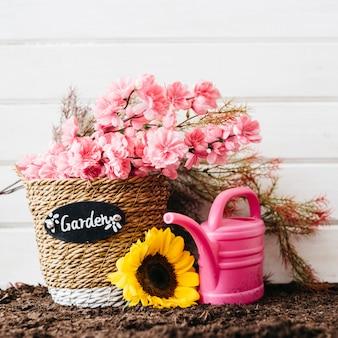 Симпатичная розовая концепция садоводства