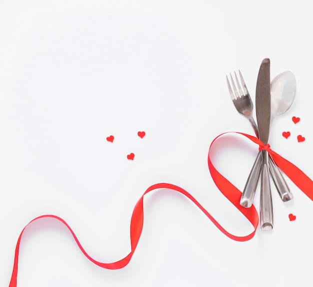 Cutlery set with small hearts