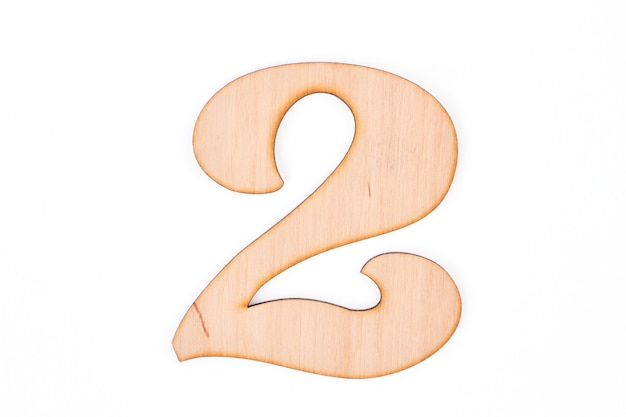 Вырез номер два на белом фоне.